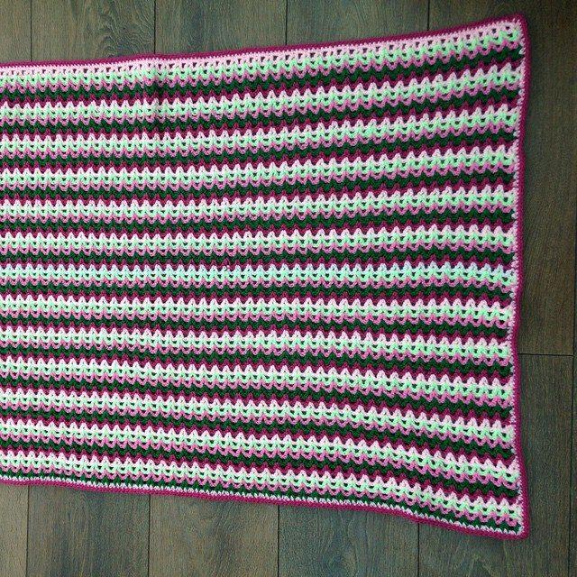 gooseberryfool crochet vstitch blanket