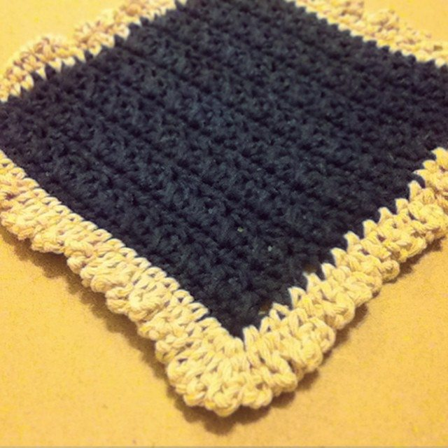 hayleyarious crochet square