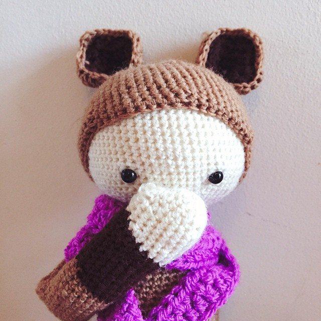 holly_pips crochet doll
