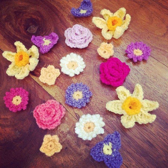 holly_pips crochet flowers