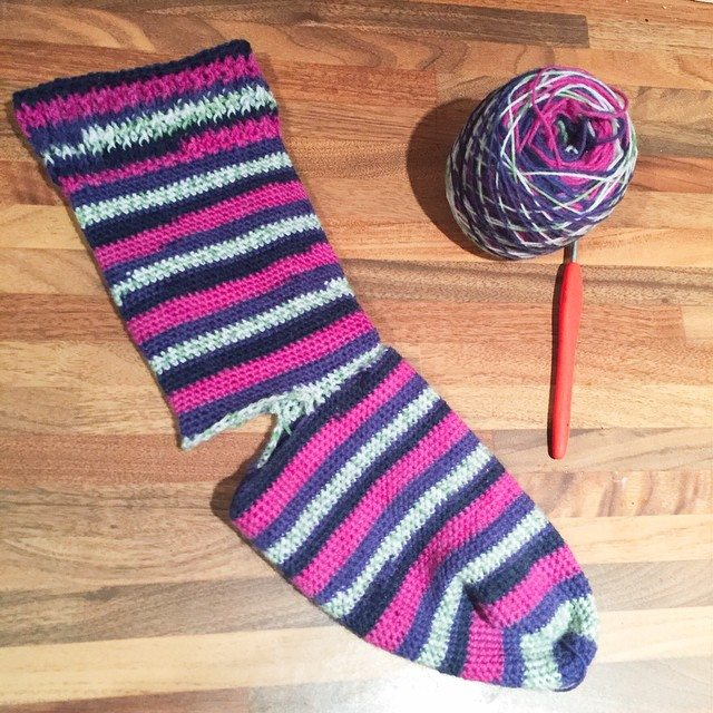 holly_pips crochet sock