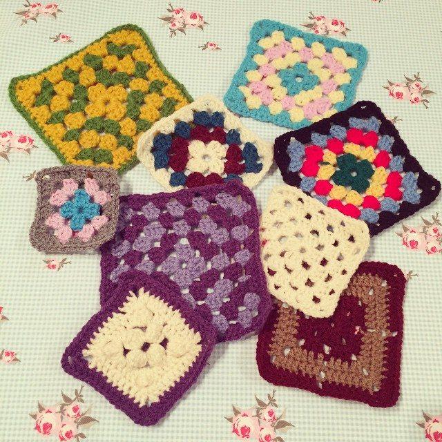 holly_pips crochet teaching squares