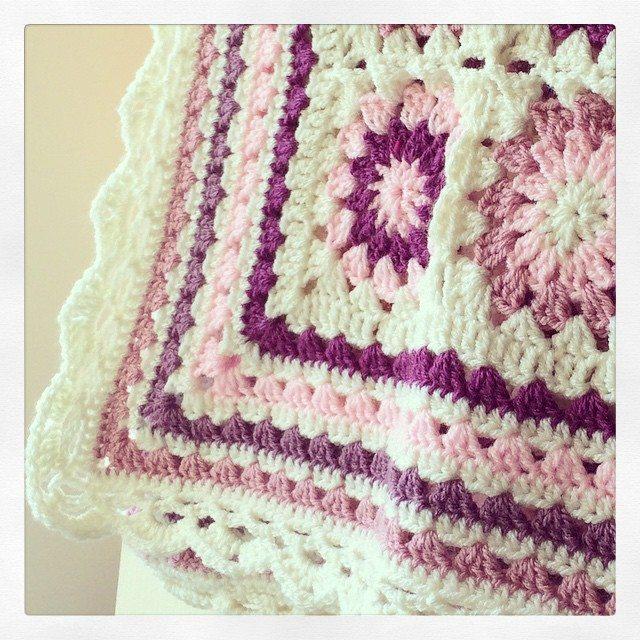 _lara_x granny square blanket