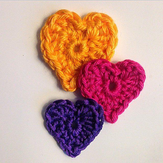 louloudeane crochet hearts 2