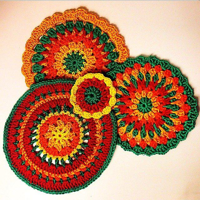 louluodeane crochet mandalas