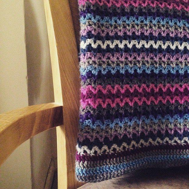 luo.teacrochet crochet v stitch