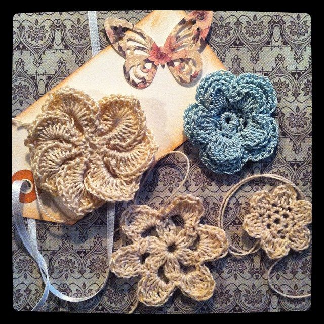 lyndapc crochet flowers