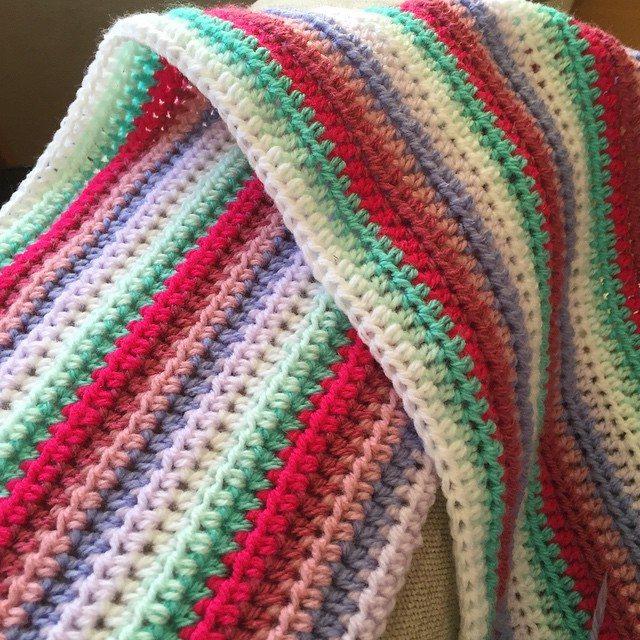 mamma_made_that crochet striped blanket