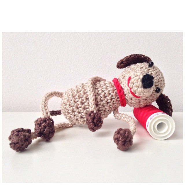 marretjeroos crochet dog
