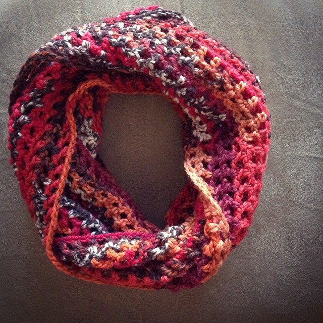 mimamami_creations crochet cowl