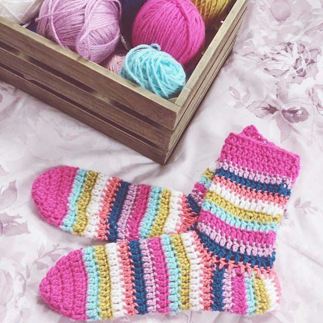 missmotherhook crochet socks