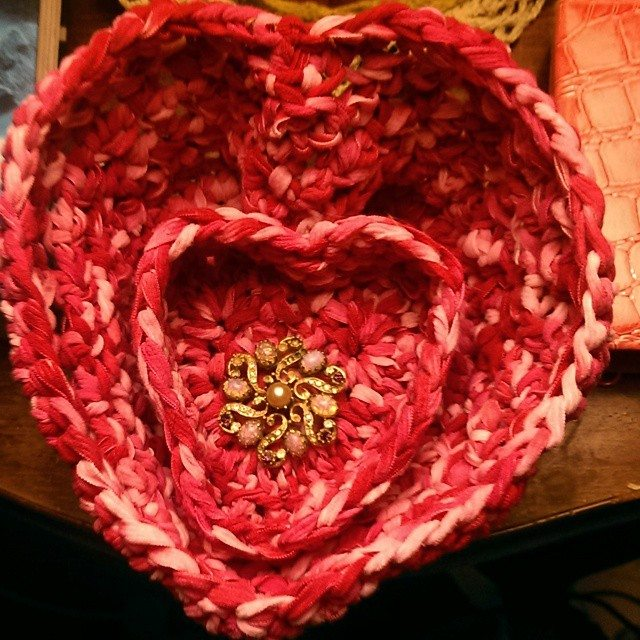 mlissabethgr crochet heart baskets