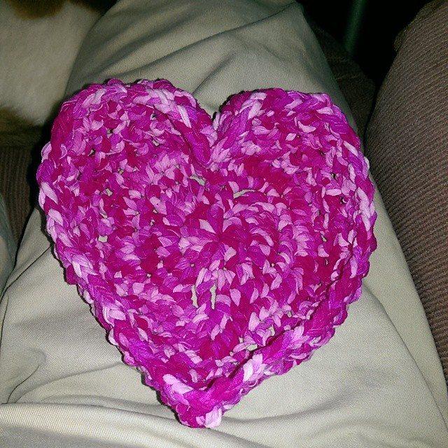 mlissabethgr crochet heart