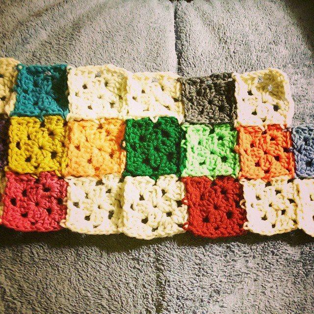 mlissabethgr crochet squares shawl