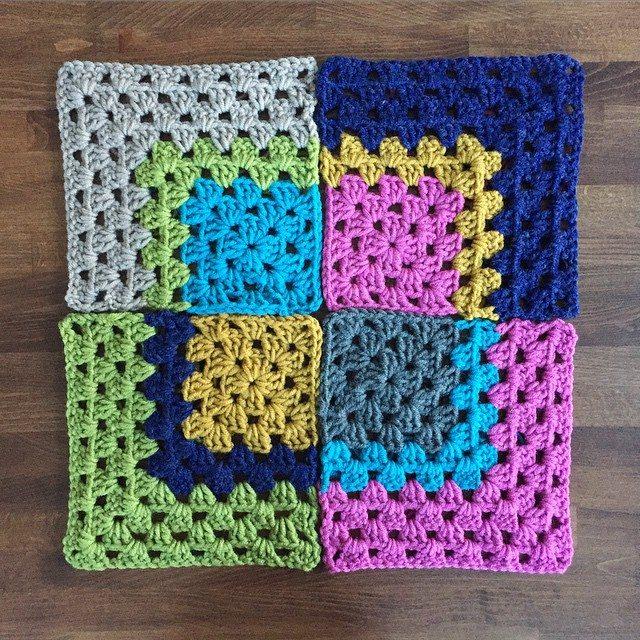 mobiusgirl crochet square