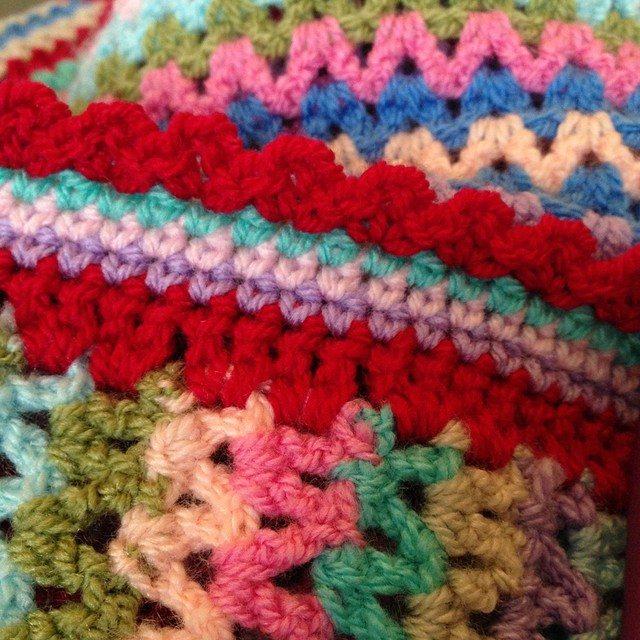 peeka_bo_crochet vstitch crochet blanket