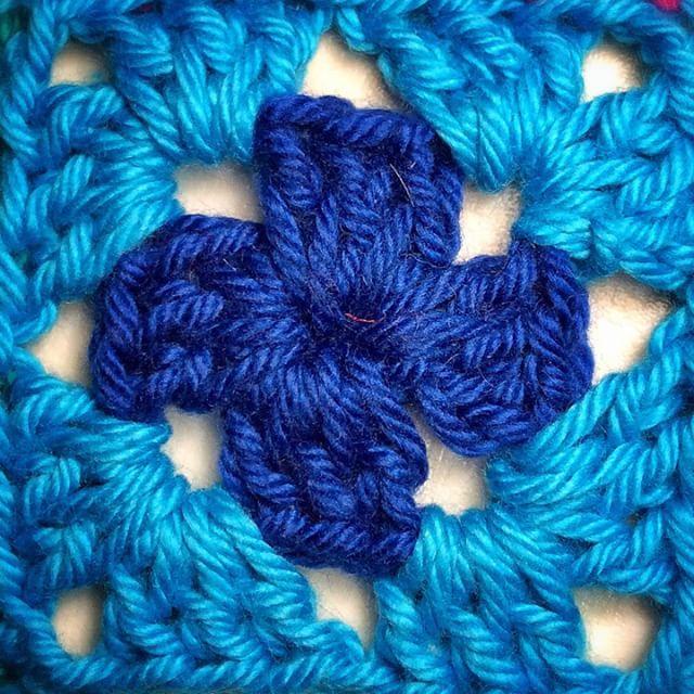 queen_babs crochet granny square