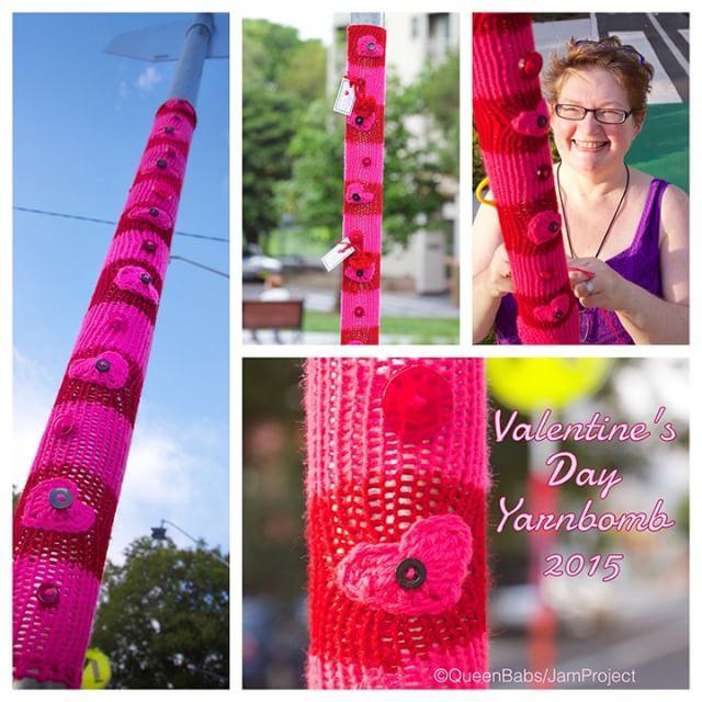 queen_babs yarnbomb crochet #yarnifiedlovebomb #payitforwardflower