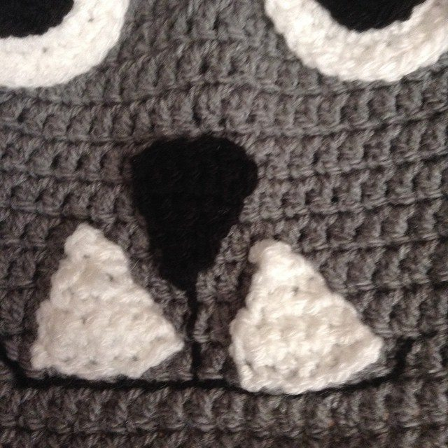 silvery_cloud crochet face