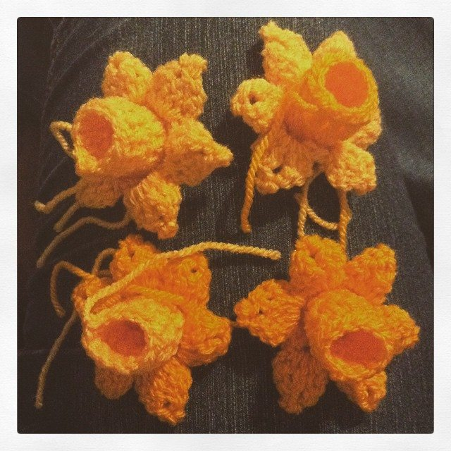 silvery_cloud crochet flowers