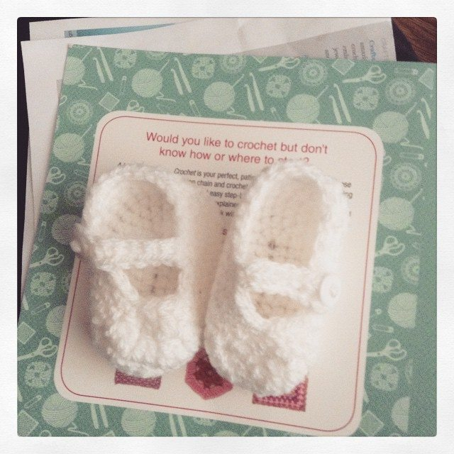silvery_cloud crochet shoes