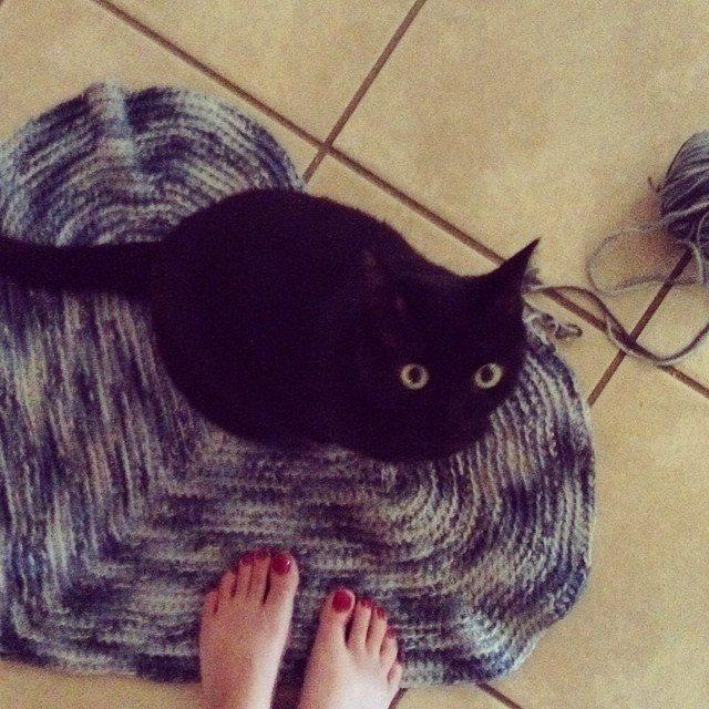 stitchyimpressions crochet heart rug