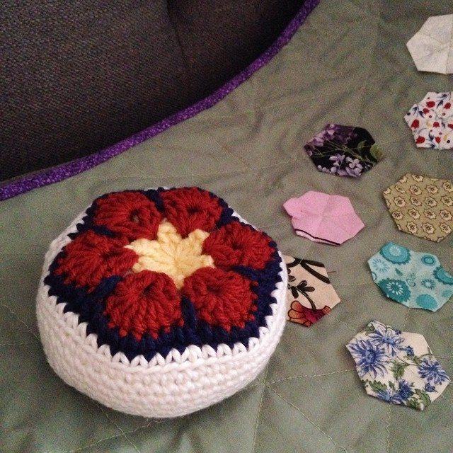 stitchyimpressions crochet pincushion