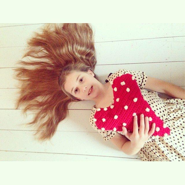 sweet_sharna crochet heart cushion