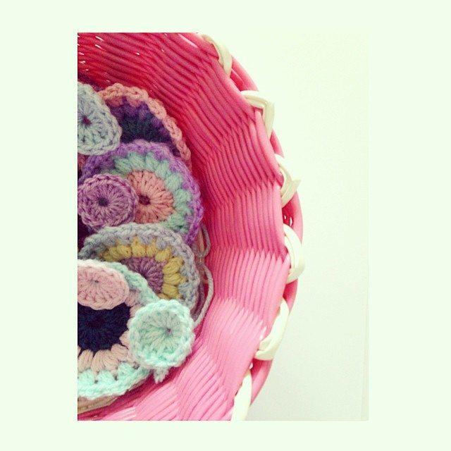 sweet_sharna crochet in basket
