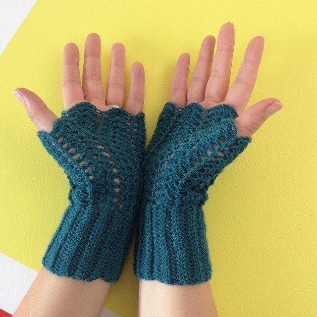 aglaelaser crochet fingerless gloves