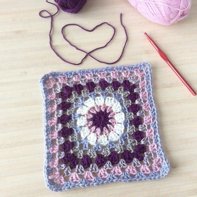 aglaelaser crochet granny square