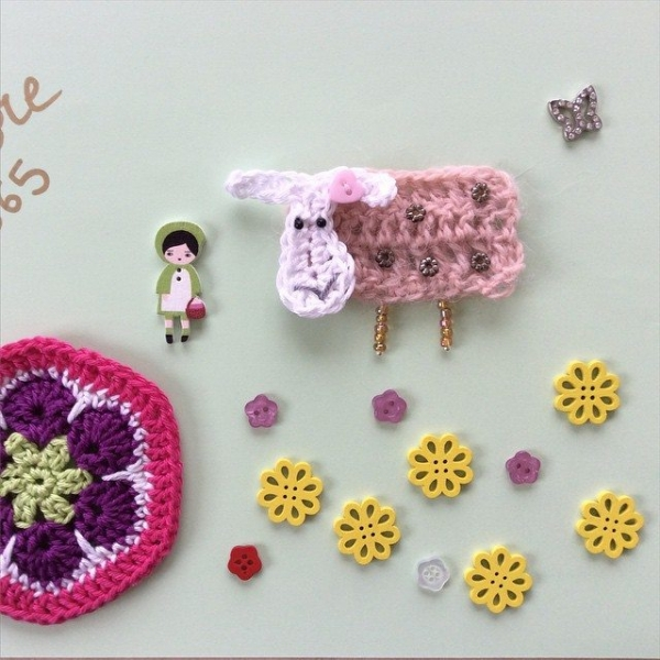 aglaelaser crochet sheep