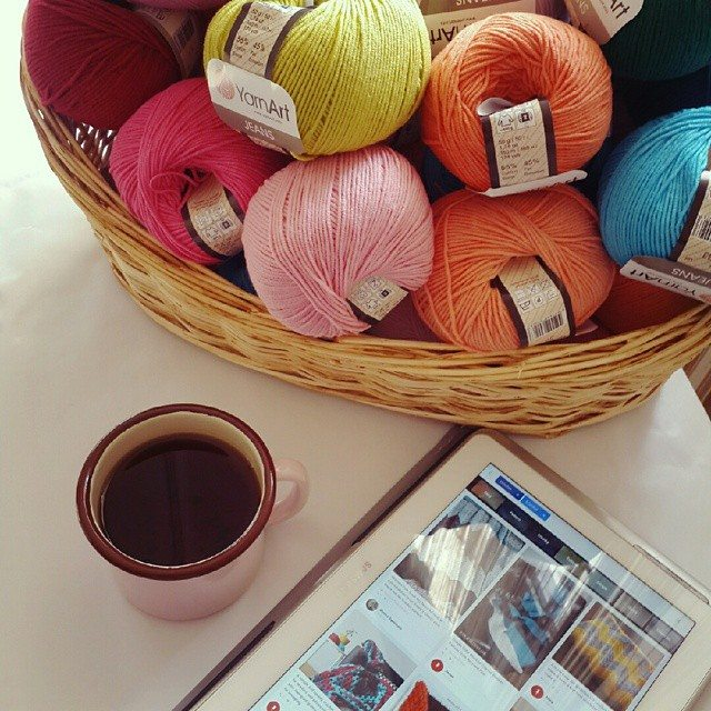 anne_surr yarn