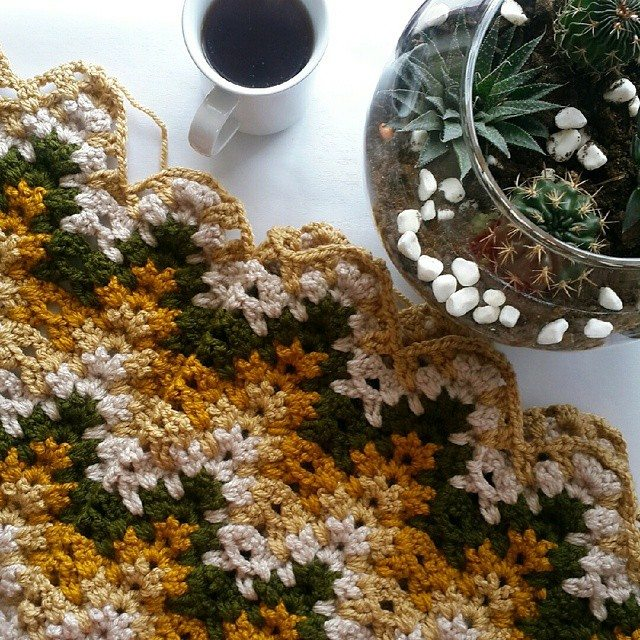 annesurr crochet coffee