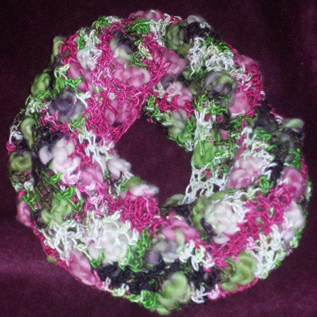 classybird28 crochet cowl