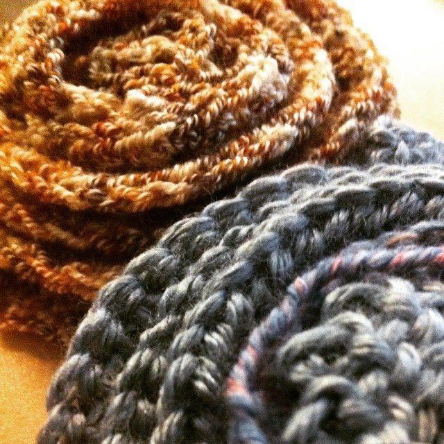 crochet wisteria flowers
