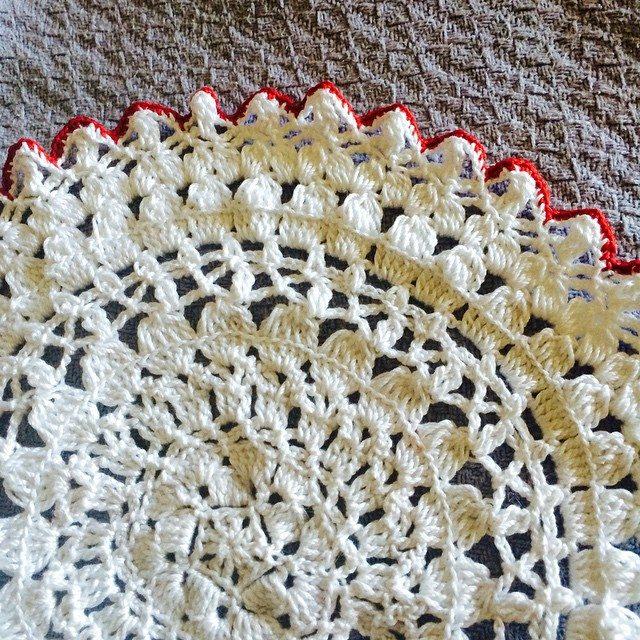 daniellajoe crochet bowl