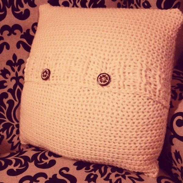 dojocrochet crochet pillow