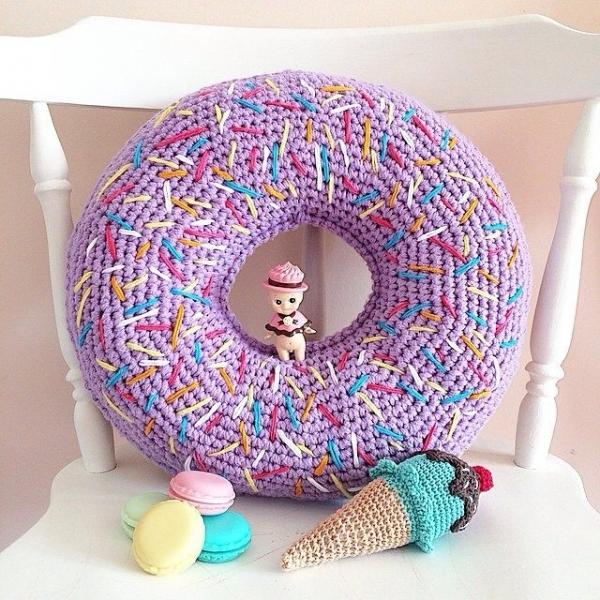 flaningpot crochet donuts