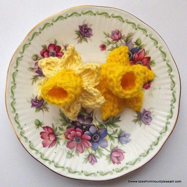 forestflowerdesigns crochet daffodil