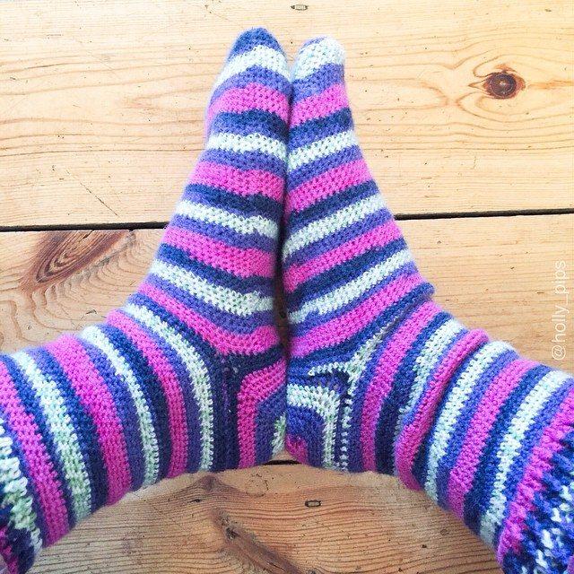 holly_pips crochet socks