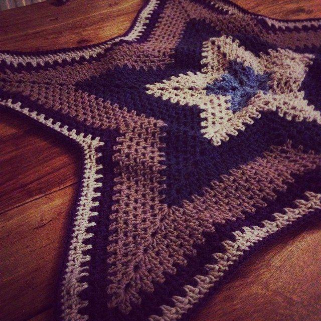 lou.tacrochet crochet star blanket