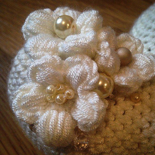 louloudeane crochet flower