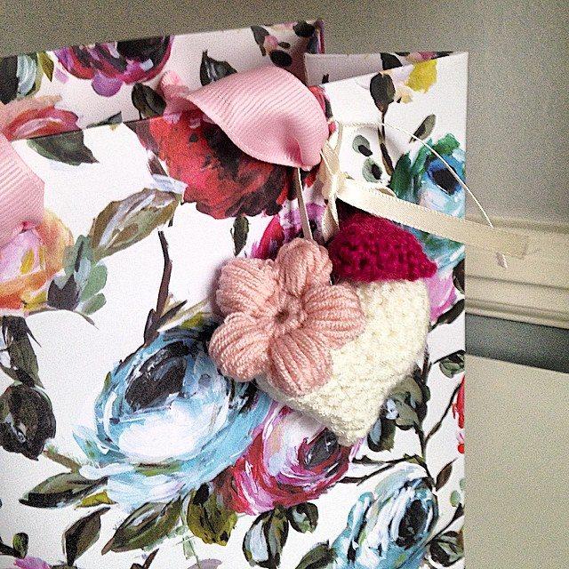 louloudeane crochet gift bag