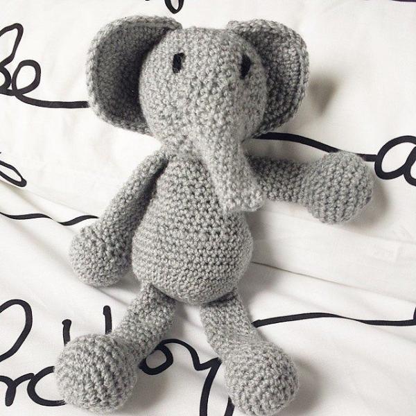 missmotherhook crochet elephant