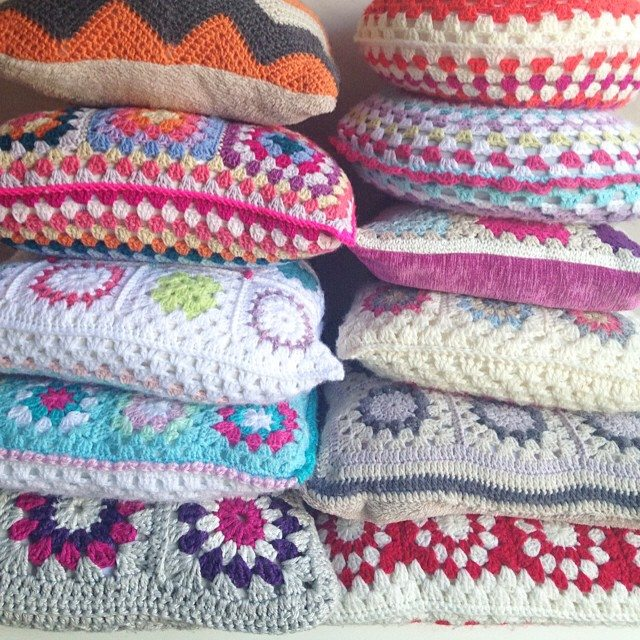 sweet_sharna stack of crochet cushions