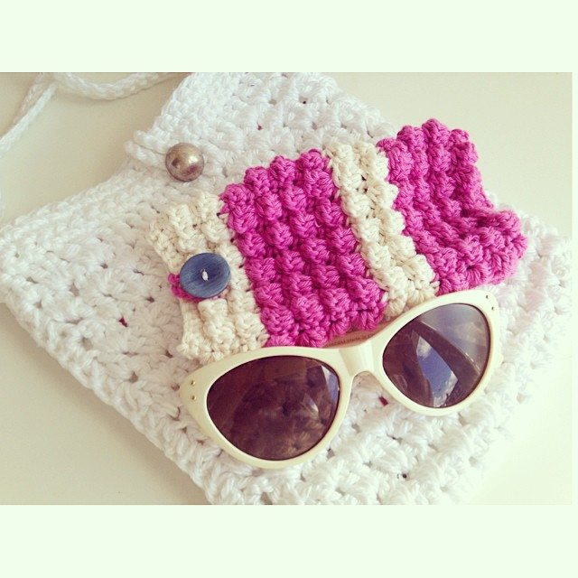 sweet_sharna sunglasses case crochet