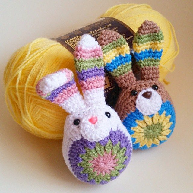 thegirllovesyarn crochet bunnies