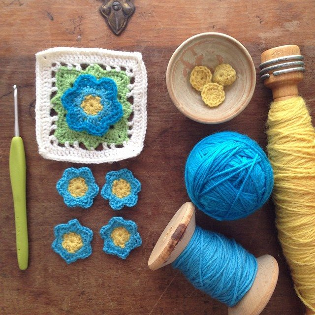woolyana crochet flower granny squares
