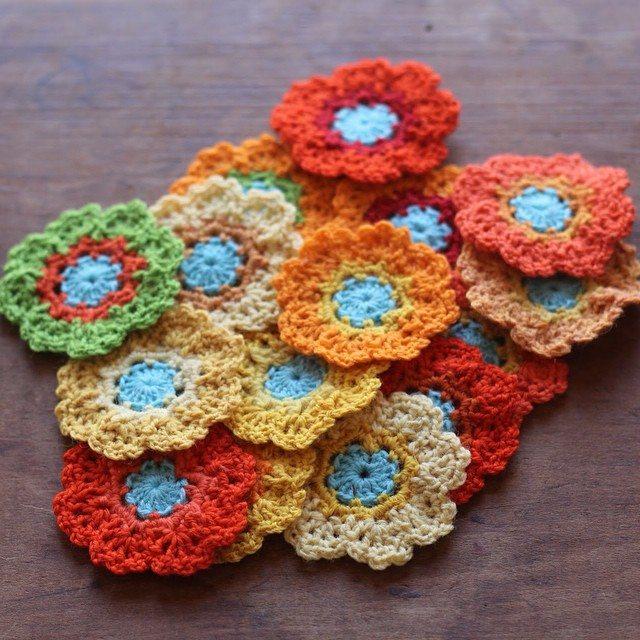 woolyana crochet flowers